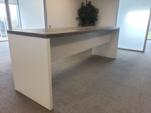 Office desk for Sale in Porter Ranch, CA