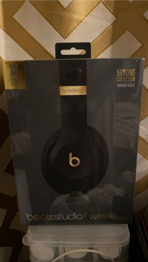 Skyline Collection BeatsStudio3 wireless for Sale in Los Angeles, CA