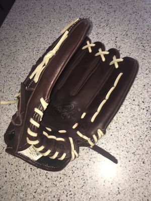 Mizuno Softball Glove for Sale in Doylestown, PA