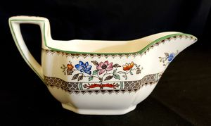Mint Condition Copeland Spode Chinese Rose Angular Gravy Boat for Sale in Orlando, FL