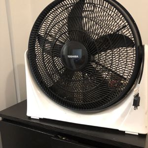 Large Fans 3 for Sale in Brooklyn, NY