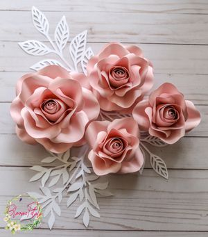 Set of 4 Paper Flowers/ Paper floral wall art/ Paper Flower for Nursery/Event Decor /Birthday Decor/ Baby shower decor/ Bridal Shower decor for Sale, used for sale  Sunnyvale, CA