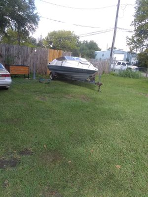 Bayliner Project boat for Sale in Houston, TX