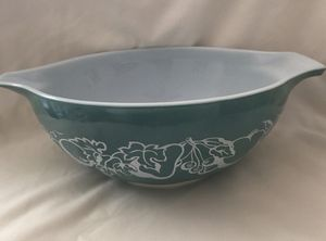 Large Pyrex Bowl 444 for Sale in Los Angeles, CA