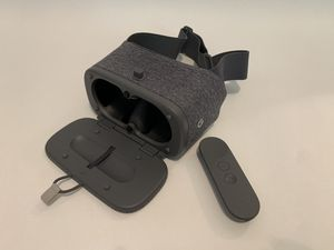 Google Daydream with controller for Sale in Simpsonville, SC