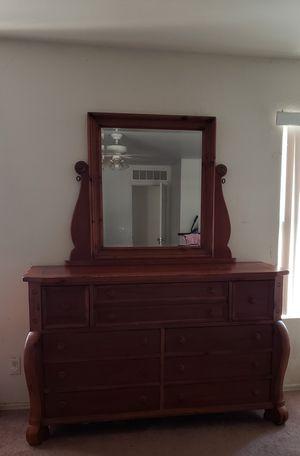 4 piece bedroom set for Sale in Phoenix, AZ
