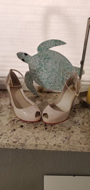 Melissa wedges plastic and jelly for Sale in Lake Worth, FL