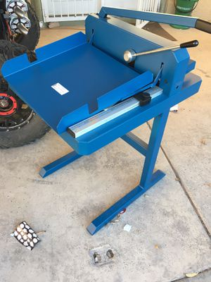 Dahle paper cutter for Sale in Las Vegas, NV