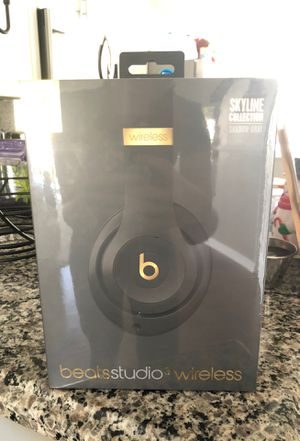 Beats studio3 wireless skyline collection for Sale in Fort Myers, FL