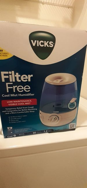 Vicks Cool Mist Humidifier for Sale in Fort Worth, TX