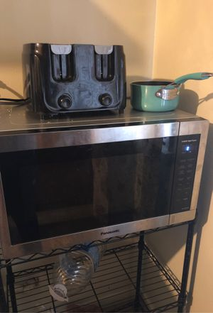 Microwave for Sale in Rialto, CA