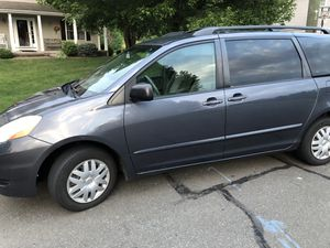 2006 Toyota Sienna LE for Sale in East Hartford, CT