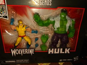 80 year anniversary wolverine vs hulk for Sale in Greenville, SC