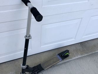 Kids Scooter for Sale in Bothell,  WA