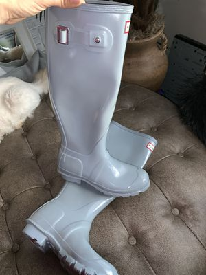 Size 5 hunter rain boots like new for Sale in Fullerton, CA