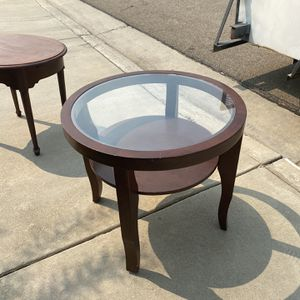 Brown Glass End Table for Sale in Selma, CA