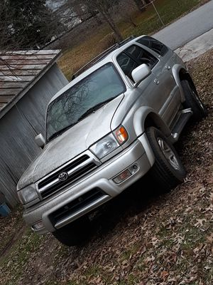 1999 Toyota Limited 4 runner for parts for Sale in Westminster, MD