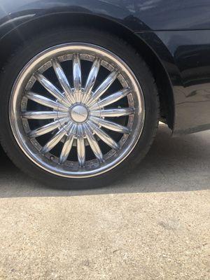 18 inch chrome universal rims for Sale in Dallas, TX