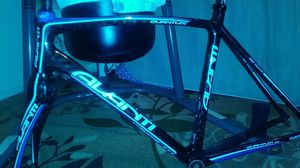Avante Full carbon 58 cm super light for Sale in Seattle, WA