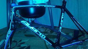 Avante Full carbon 58 cm super light for Sale in Seattle, WA