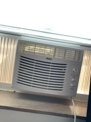 Haier window air conditioner for Sale in Pittsburgh, PA