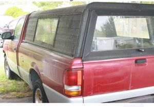 95 Ford Ranger cap ( CREDIT CARDS OK)for a long bed 5'X7' for Sale in Stafford Township, NJ