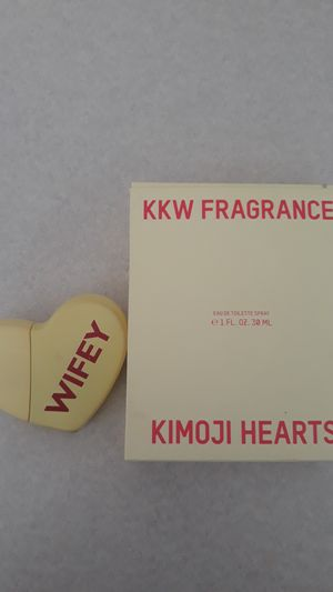 Kkw wifey fragrance for Sale in Mesa, AZ