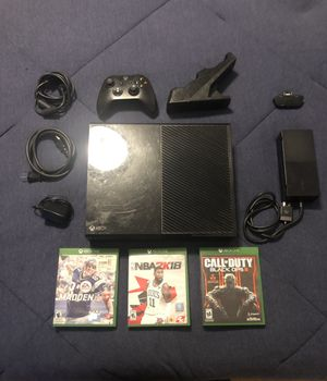 Xbox One With Other Accessories And Games for Sale in Plainville, CT