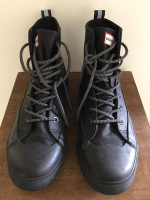 Hunter x Target Boots- Men's 7.5 for Sale in Miami, FL