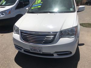 2016 Chrysler Town and Country for Sale in Stockton, CA