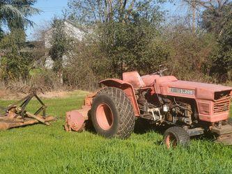 Kubota L225 Tractor with tiller & mower for Sale in Galt,  CA