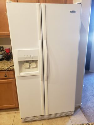 Whirlpool refrigerator for Sale in Gilbert, AZ