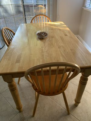 Oak breakfast table and 6 chairs for Sale in Fremont, CA