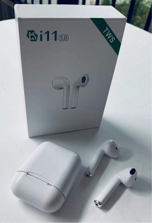 New in box Generic Apple style ear pod earphone Bluetooth headset rechargeable with charging case like airpods