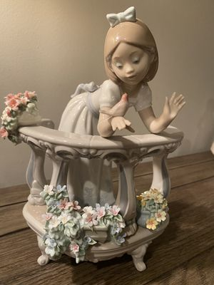 Lladro Morning Song for Sale in Newark, NJ