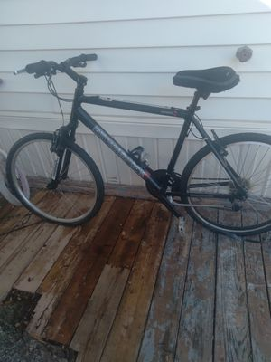 Diamondback Sorrento Mountain Trail Adult 27.5 bike for Sale in Corinth, TX