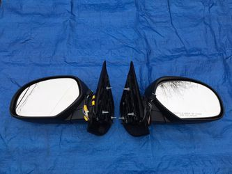 Chevy Silverado mirrors for Sale in Houston,  TX