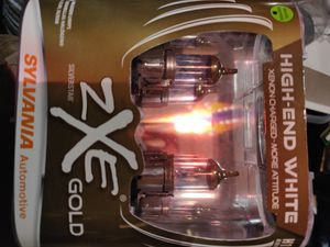 Headlights Sylvania ZXE GOLD HIGHEND XENON H13 for Sale in Berkeley, CA
