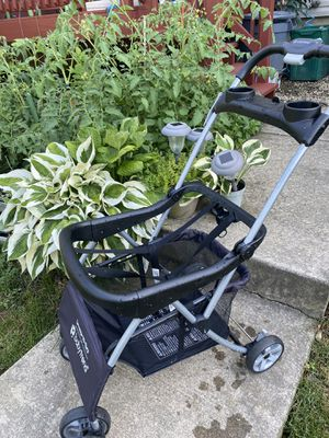 Baby Trend Snap and go car seat carrier stroller for Sale in Millersville, PA