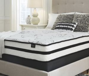 "New 10"" memory foam hybrid QUEEN size mattress ONLY for Sale in Columbus, OH"