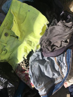 Free clothes pick up now for Sale in Riverside, CA