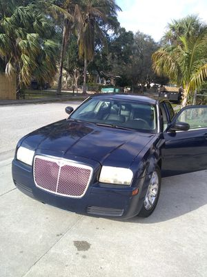 Chrysler 05 for Sale in West Palm Beach, FL