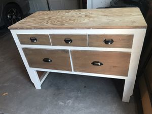 Console table for Sale in Newman, CA