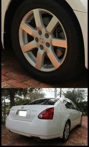 Price $1000 Great Shape.2WDWheels Nissan Maxima 2004 SL for Sale in Montgomery, AL