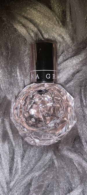 BRAND NEW Ariana Grande Ari Mini Perfume (NEGOTIABLE) for Sale in Riverside, CA