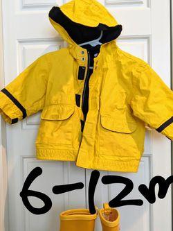 babyGAP Yellow rain jacket 6m-12m for Sale in Redmond,  WA