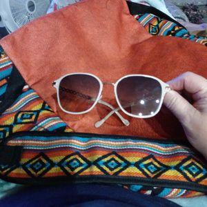 Jessica Simpson Metal Pearl Aviator Sunglasses for Sale in Cibecue, AZ