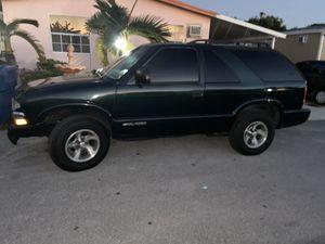2002 Chevy Blazer for Sale in Hialeah, FL