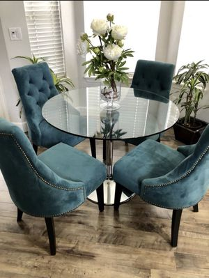 World Market 4 TEAL GREEN VELVET DINING CHAIRS (PRICE FIRM !! ) TABLE IS NOT FOR SALE. SELLING ALL 4 CHAIRS/ NOT SEPARATING for Sale in Renton, WA