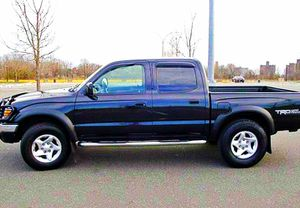 ֆ14OO 4WD Toyota Tacoma 4WD for Sale in Kent, WA